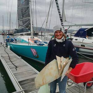Weekend réparation du bateau de Claire Service Civique pour la Route du Rhum